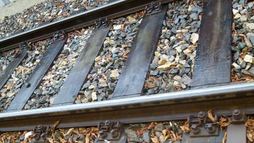 Burnout - Schienen geben die Spur vor